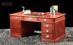 江南雨书桌